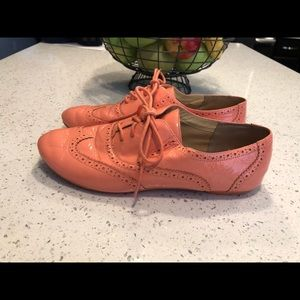 Cole Haan peach patten leather oxfords size 9